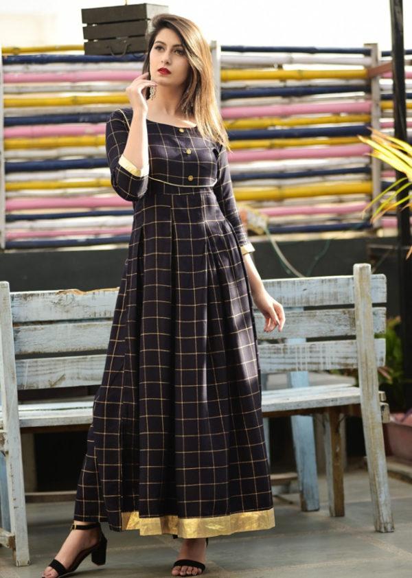 Black long kurti in checkered pattern