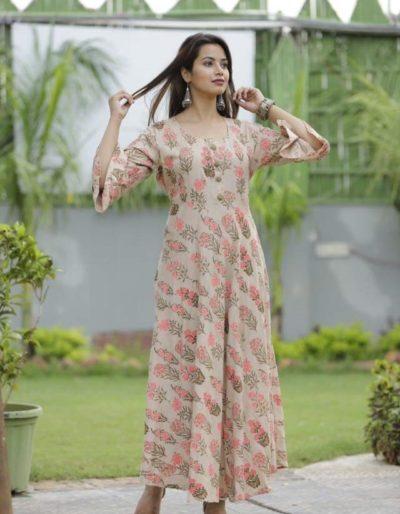 Long kurti with light pink shade