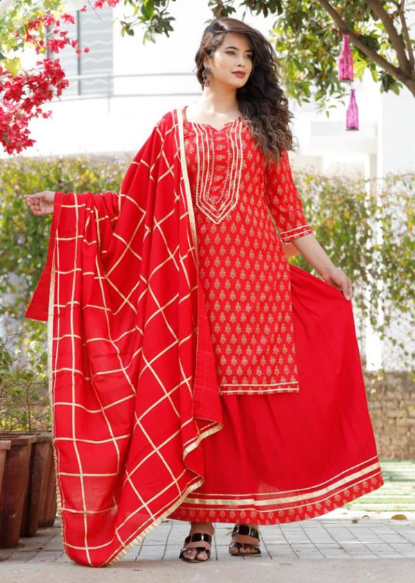 Party-wear kurti, skirt and dupatta